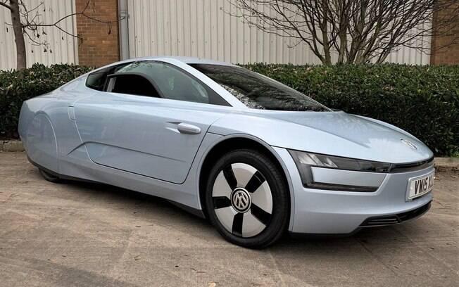 As linhas do XL1 sempre foram as mais suaves, desde o primeiro protótipo da VW, para que pudesse fluir em movimento