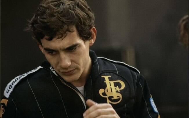 Corinthians lançou terceiro uniforme em homenagem a Ayrton Senna com as cores da Lotus