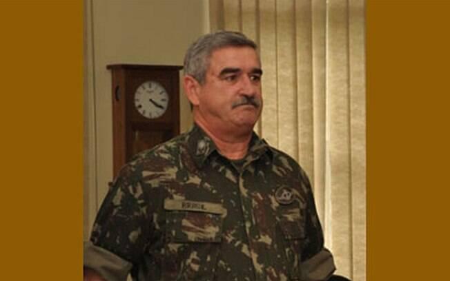 General Décio dos Santos Brasil, primo de Ciro Gomes, vai assumir Secretaria Especial do Esporte