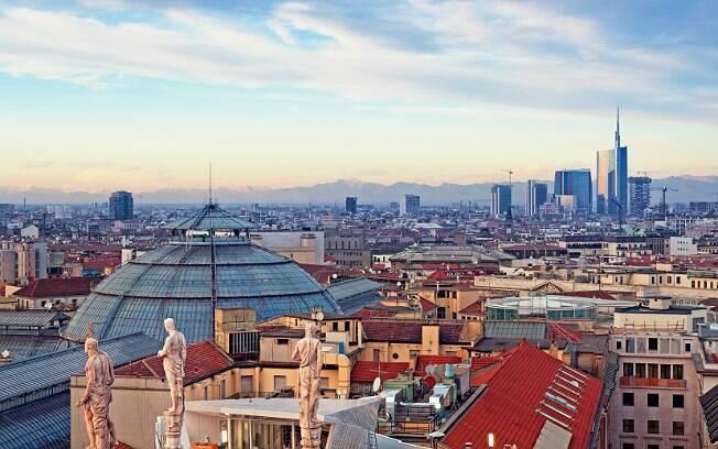 Uma das festas fechadas aconteceu em uma cidade nos arredores de Milão, na Itália