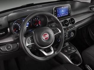 Por dentro, o Argo 1.3 GSR também mostra estilo arrojado e bom nível de equipamentos de série, o que inclui a central multimídia