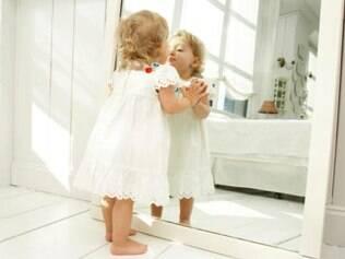 Especialistas garantem que você pode estimular a criança a obedecer com mais facilidade
