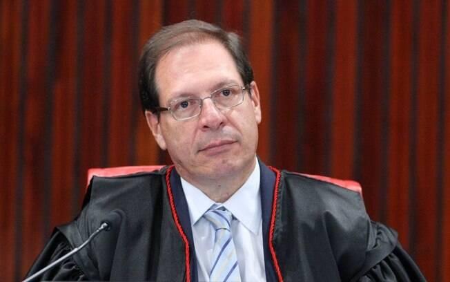 Luís Felipe Salomão negou pedido do Novo para liberar fundo partidário para combate à covid-19