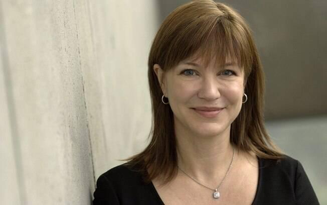 Julie Larson-Green assumiu recentemente o cargo de desenvolvimento do Windows e tem como tarefa encorajar os usuários a migrarem para o Windows 8