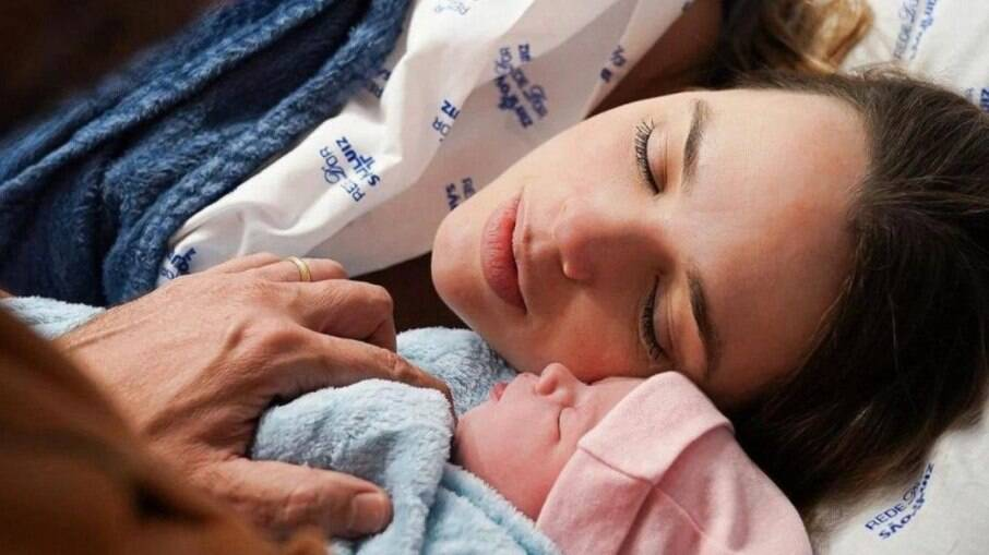 Nasce Ivy, segunda filha de Thaeme