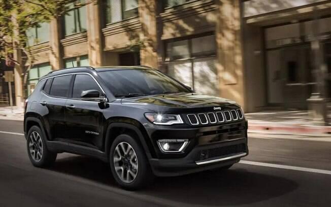 Fora da categoria do Onix, o Jeep Compass: o SUV mais vendido do Brasil teve um faturamento estimado de R$ 8,2 bilhões