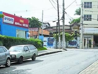Ousadia.   Mulher foi rendida por volta das 14h na rua Paulo de Freitas