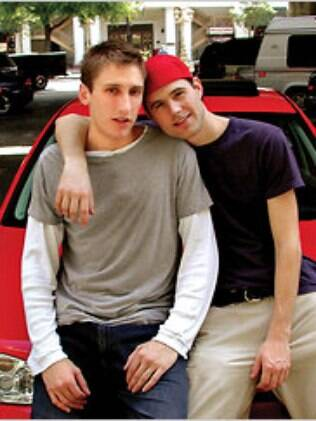 Michael Glatze com seu ex-parceiro, Ben