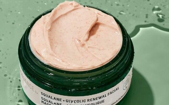 Máscara facial com ácido glicólico e esqualano
