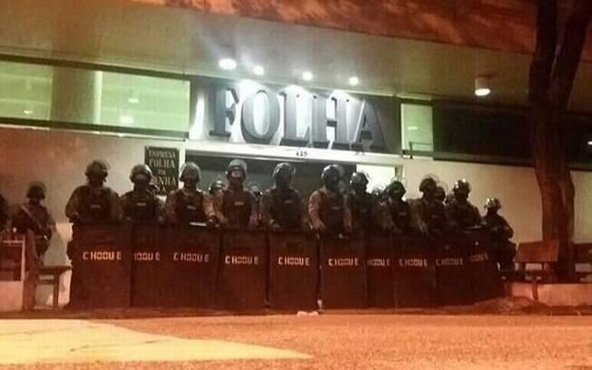O Batalhão de Choque do Estado de São Paulo defendendo a democracia