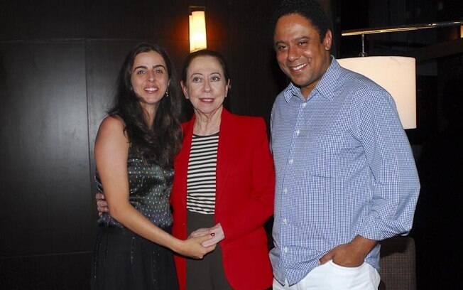 Fernanda Montenegro entre Ana Petta e Orlando Silva