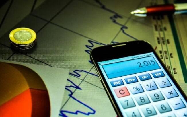 Redução da Selic é boa para quem está endividado ou precisa pegar empréstimos