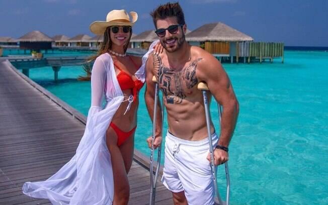 Alok e a esposa