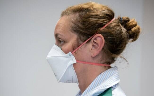 Covid: Risco de infecção por coronavírus varia 'muito' de acordo com máscara usada, diz estudo