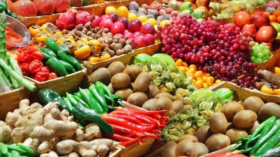Cerca de R$ 3,6 bilhões em alimentos foram desperdiçados em 2020