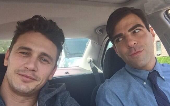 James Franco e Zachary Quinto, que faz o papel de seu namorado em