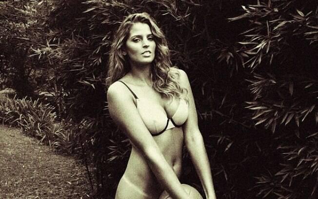 Mari Paraíba adiantou uma das fotos de seu ensaio para a Playboy no Twitter
