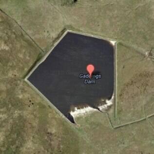 Imagem aérea da Gaddings Dam, na Inglaterra