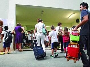 Escolas reclamam do aumento do ISS feito pela prefeitura