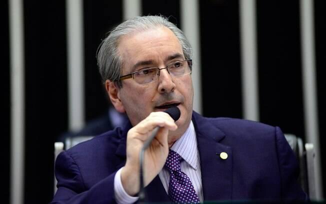 Aliados do presidente da Câmara, Eduardo Cunha, aprovaram PEC nesta quarta-feira (04)