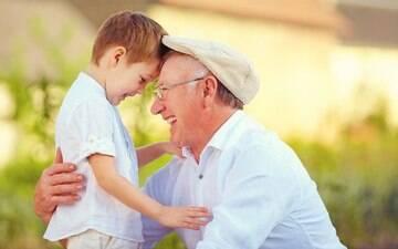 Avós que criam os netos podem prejudicar formação da criança