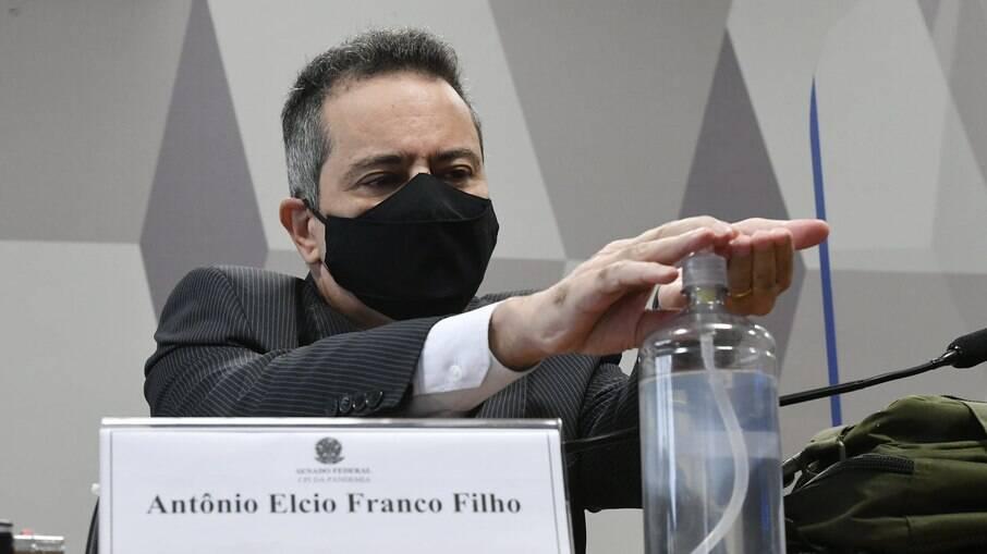 Ex-secretário da saúde Élcio Franco teve o sigilo mantido por decisão do STF