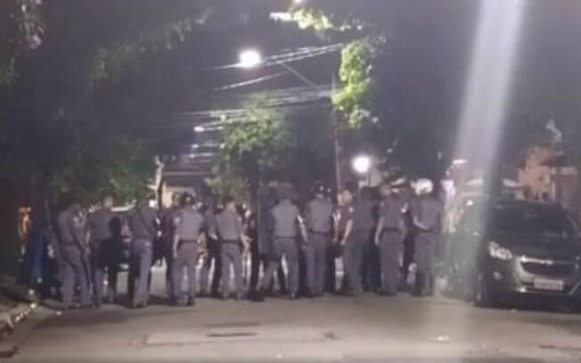 Polícias militares detiveram sete pessoas