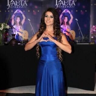 Paula Fernandes: 'Não gosto só de corselete, tenho calça jeans também. Tenho o meu estilo e pretendo continuar criando'