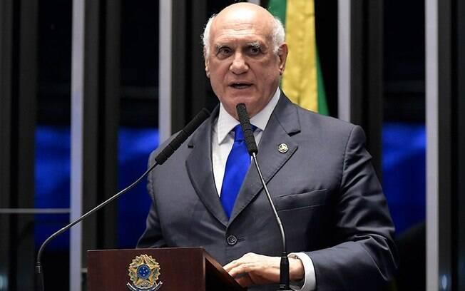 Lasier Martins criticou ação de Alexandre de Moraes e chamou de