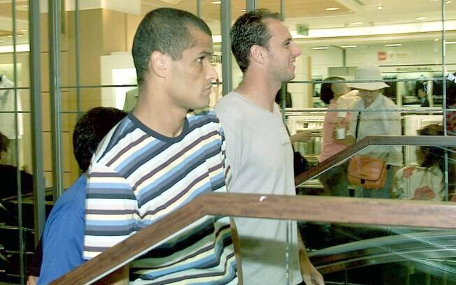 Rogério Ceni, ao lado de Rivaldo, em Ulsan,  no Japão, durante a Copa do Mundo de 2002