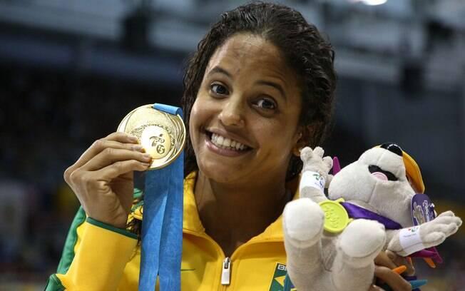 O ouro histórico de Etiene Medeiros nos 100m costas, o primeiro de uma brasileira na natação pan-americana. Foto: Satiro Sodré/Divulgação CBDA