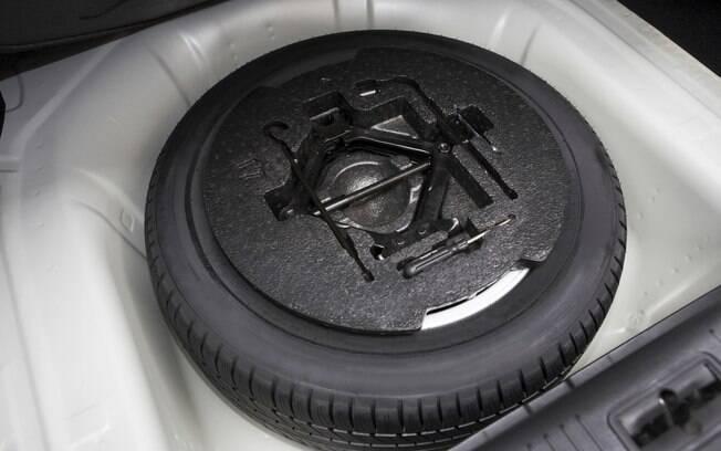 Quando for calibrar os pneus, não esqueça de verificar a pressão e aproveitar para calibrar também o estepe.
