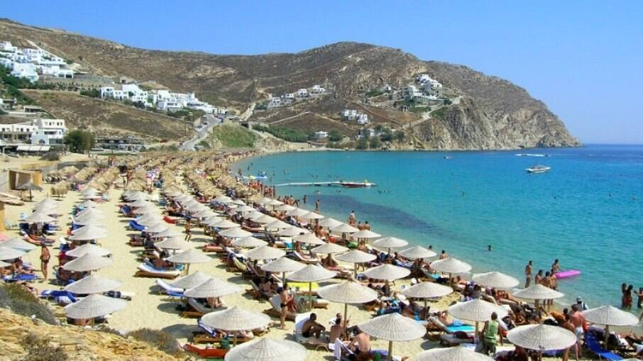 Mykonos possui praias de nudismo para aqueles que apreciam a prática