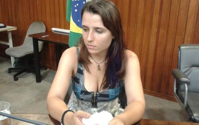 Bianca Bianca Cestaro de Almeida, de 27 anos, diz ter sido estuprada em dormitório de Pirassununga da Faculdade de Veterinária da USP (14.01.15). Foto: Ana Flávia Oliveira/iG São Paulo