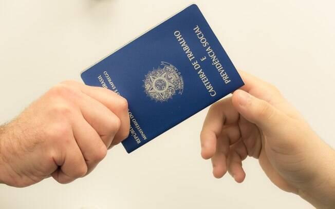 Brasil tem 12,3 milhões de desempregados, segundo o IBGE