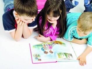 Superfícies. As crianças, que passam muito tempo em casa e em contato com o chão, podem ser as mais afetadas