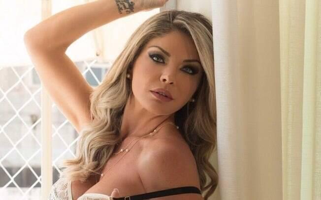 Viviane Bordin é dona de um dos corpos mais perfeitos do Brasil