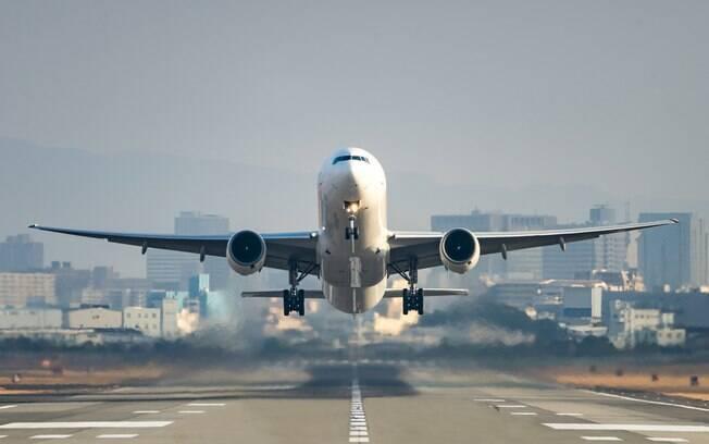 Histórias bizarras em avião? O iG Turismo reuniu quatro casos com repercussão internacional; veja
