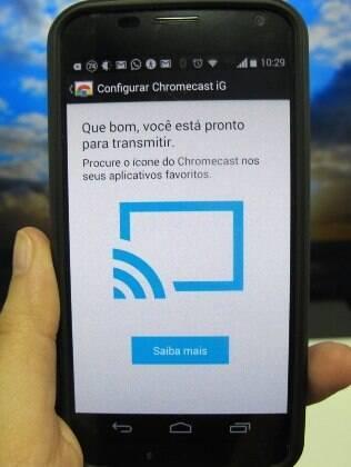 Aplicativos compatíveis com o acessório possuem o ícone de Cast: uma tela com Wi-Fi
