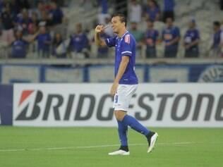 Leandro Damião chegou a marcar gol aos cinco minutos do primeiro tempo, mas foi anulado