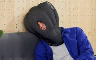 Travesseiro de viagem com aparência incomum chama atenção na web; você usaria?