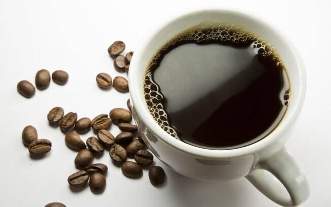 Café: preferencialmente feito na hora, 1 xícara antes dos exercícios. Foto: Getty Images