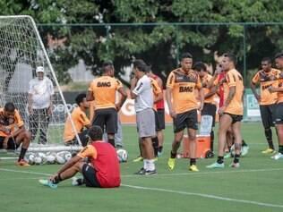 Jogadores alvinegros estão preparados para partida importante frente ao Nacional, do Paraguai