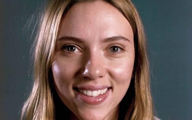 Scarlett Johansson sem maquiagem para a Vanity Fair Hollywood