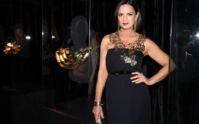 Luiza Brunet na abertura da exposição