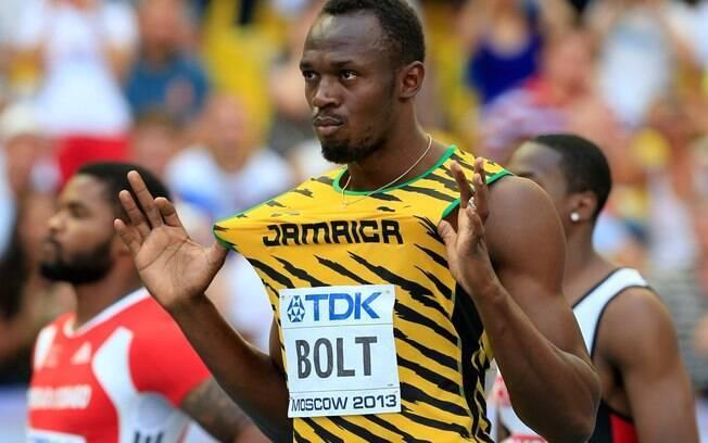Usain Bolt brinca antes da largada da  semifinal dos 100 m rasos no Mundial