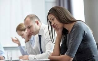 Ficar sentado por mais de nove horas e meia aumenta chances de morte prematura