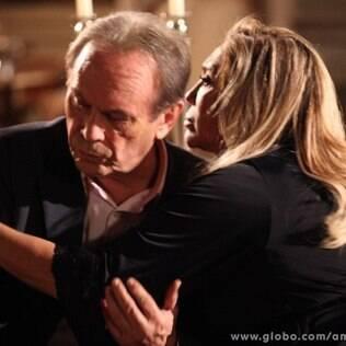 Herbert vai em busca de um ombro amigo na casa de Pilar