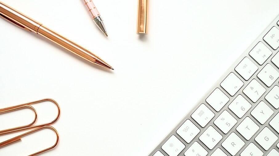 Artigos de papelaria e escritório estão com até 30% de desconto na loja virtual da Amazon
