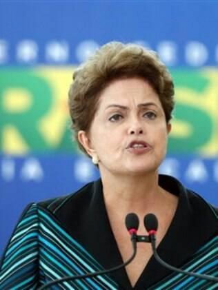 Dilma Rousseff reúne Mercadante, Barbosa e Levy neste domingo para definir cortes